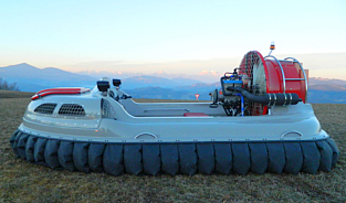 Twin motor MAD Hovercraft