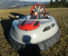 TwinSUPREME two engine personal hovercraft